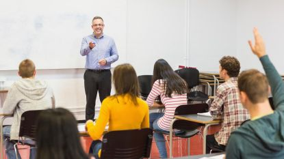 CD&V pleit voor duaal lesgeven: drie dagen op kantoor, twee voor de klas