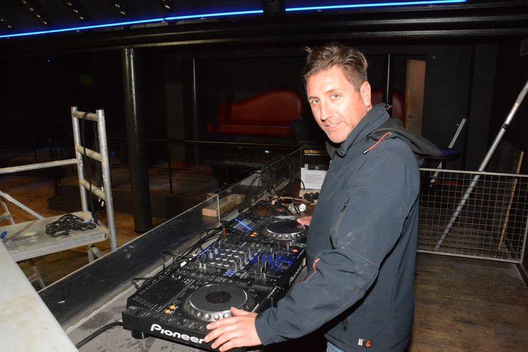 DJ Dave zal net als in de jaren negentig opnieuw achter de draaitafel staan op de reünie van The Maxx.
