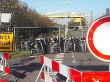 Werkzaamheden aan afgesloten Sasse Westkade voorzichtig begonnen
