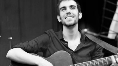 Koninklijke Harmonie De Verenigde Vrienden eert vermoorde Franse muzikant op 40ste concertreis