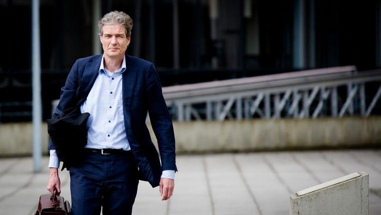 Advocaat van Willem Holleeder, Stijn Franken arriveert bij de rechtbank van Amsterdam voor een zitting in de zaak tegen Willem Holleeder. Beeld anp