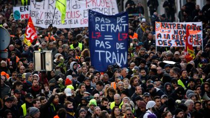 Opnieuw duizenden Parijzenaars op straat tegen pensioenhervormingen