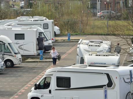 De 'witte plaag' rijdt weer rond: het camperseizoen is geopend