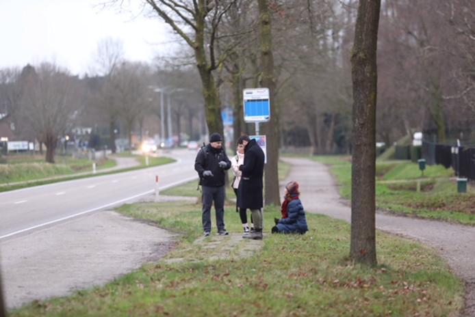 Tevergeefs wachten op de bus in Bakel.