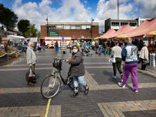 Scheve gezichten op Helmondse weekmarkt: 'Echte klanten komen toch wel'