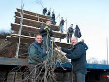 Espelo en Dijkerhoek strijden voor 'hoogste paasvuur', zonder Scheveningse toestanden