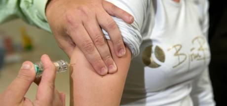 Kabinet schrikt van cijfers: Aantal vaccinaties moet stijgen