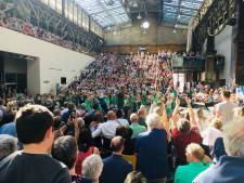 360 kinderen van Hengelose basisschool dansen de Nederlandse geschiedenis