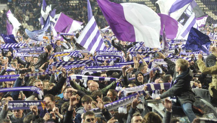 De fans vieren de titel twee seizoenen geleden in eerste provinciale.