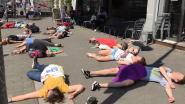 Klimaatactivisten doen alsof ze dood zijn