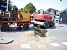 Geerdinksweg in Hengelo afgesloten vanwege olie lekkende kraan