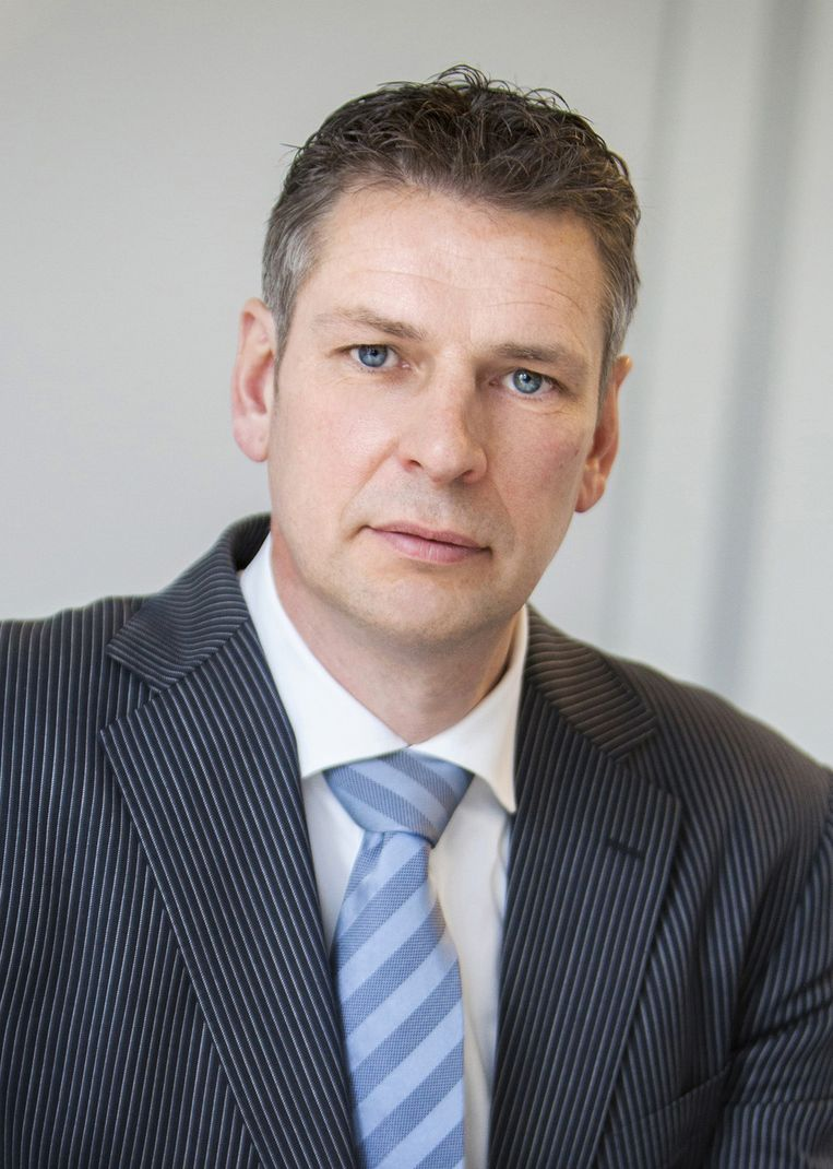 William Vet, directeur Nederland van Easyjet. 'Waarom worden transferpassagiers voorgetrokken?' Beeld Het Parool