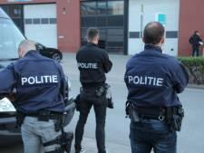 Tien aanhoudingen na inval in Wateringen om drugshandel