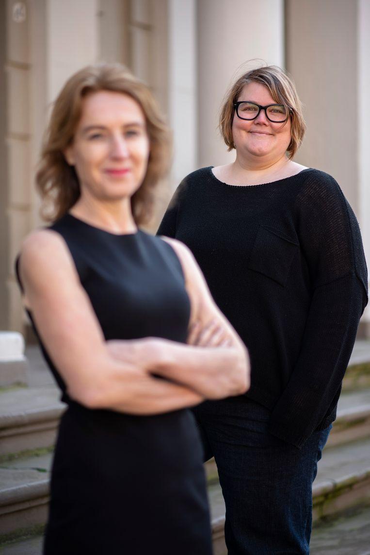 Asha ten Broeke (rechts): 'Ik ken genoeg vrouwen die niet fulltime willen werken. Die ga ik nergens van beschuldigen.' Beeld Els Zweerink