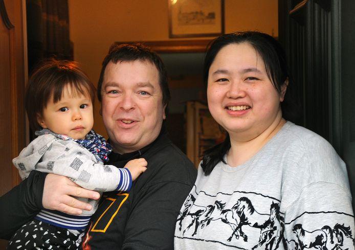 De familie Blok uit Oost-Souburg mag na twee weken quatantaine weer naar buiten.