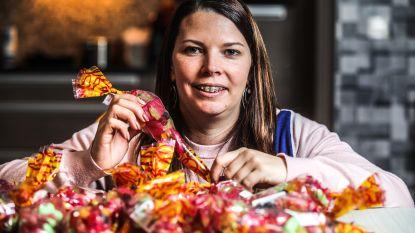 """Jonge moeder verkoopt snoepzakjes voor zwaar verbrande kleuters: """"Het had evengoed mijn zoontje kunnen zijn"""""""