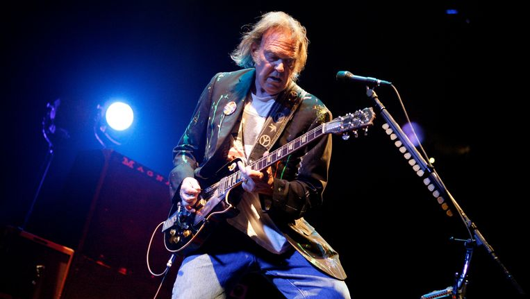 Neil Young in Madison Square Garden in New York. Beeld AP