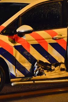 Agent gewond bij aanrijding tussen twee politievoertuigen in Breda