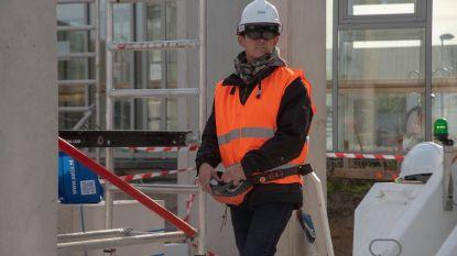 Verkeershinder door bouw torenkraan aan Poelstraat