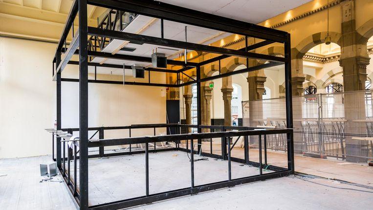 Boven in Magna Plaza verrijst een foodcourt met 20 eetzaken en 3 bars Beeld Tammy van Nerum