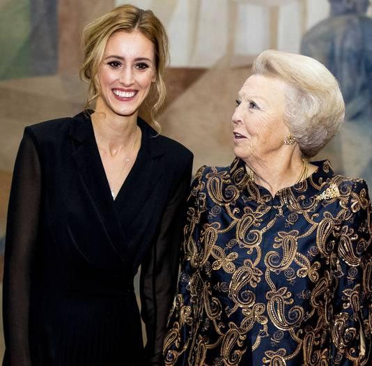 Verine Bouwman met prinses Beatrix.