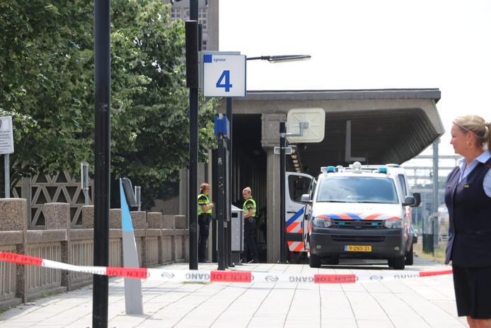 Het station in Enschede werd tijdelijk afgesloten
