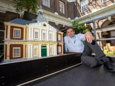 Legokunstwerk is klaar: Korenbeurs nagebouwd met 35.000 steentjes