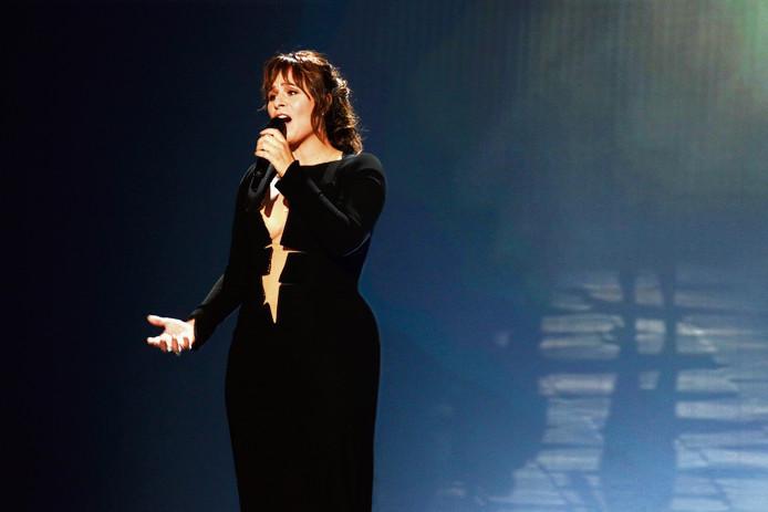 De veelbesproken scheurjurk die Trijntje tijdens een repetitie van het Songfestival droeg.