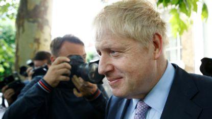 Boris Johnson zit ook na tweede stemronde nog gebeiteld