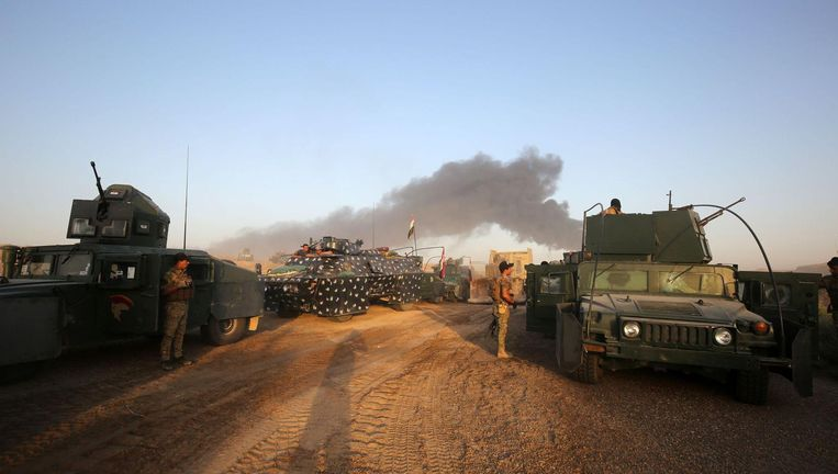 Regeringstroepen naderen de stad Fallujah.