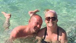 Paula (37) sterft onverwacht op eerste dag van vakantie na paar glazen bier, wijn en Irish coffee