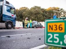 Trucker die Roland (20) op N36 doodreed snikkend in rechtbank: 'Dit had nooit mogen gebeuren'