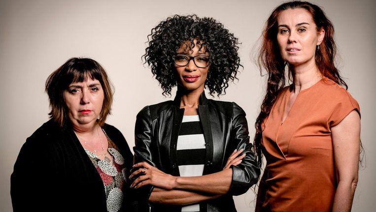 Sylvana Simons, geflankeerd door Fatima Faid (links) en Brigitte Sins, achter haar de nummers twee en drie op de kandidatenlijst van Artikel 1. Beeld anp