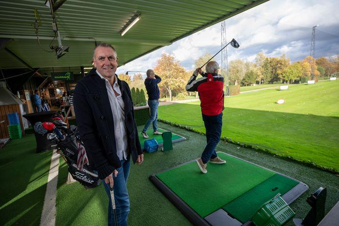 Eigenaar Robin Bravenboer schat dat hij er de laatste maanden vier- tot vijfhonderd leden bij heeft gekregen op de golfbaan.