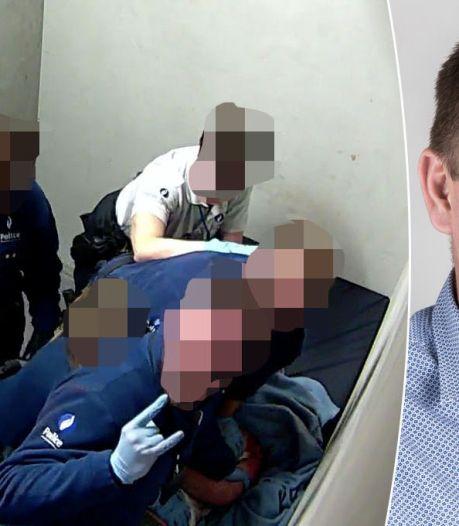 Tweede politieverslag duikt op in Belgische zaak-dode arrestant: 'Het parket wist dat er beelden waren'
