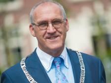 Burgemeester Hoogendoorn over vertrek uit Oldebroek: Het is dubbel