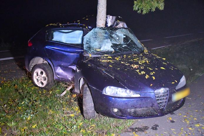 De auto raakte zwaar beschadigd