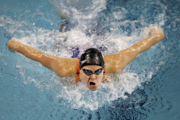 b77b07437e8 Inge Dekker zet haar zwemcarrière voort bij het Nationaal Zweminstituut  Eindhoven. De vlinderslagspecialiste gaf aan