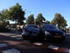 Zeker 15 ongevallen op kruising Dr. Berlagelaan/Barrierweg in Eindhoven (video)