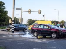 Verkeershinder na frontale botsing op Varsseveldseweg