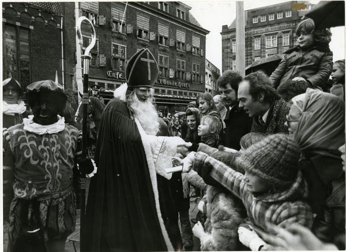 Sint op de Groenmarkt in 1974