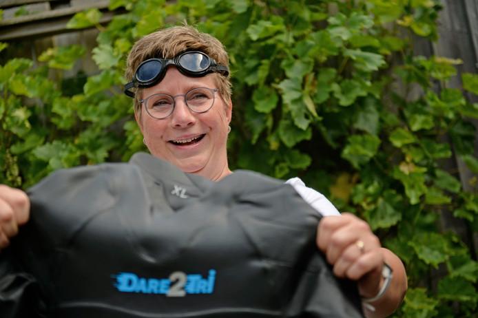 Verpleegkundige Ida Beermann waardeert als geen ander een goede gezondheid. Dus zwemt zij om geld in te zamelen voor Spieren voor Spieren.