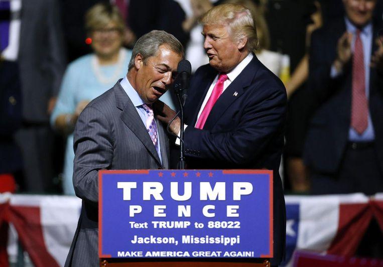 Farage en Trump hebben een goede band. De Brit was een van de eerste buitenlandse politici die Trump na zijn verkiezing bezochten om hem te feliciteren. Beeld afp