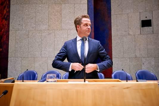 Vakbonden stellen een ultimatum aan minister Hugo de Jonge van Volksgezondheid volgens de FNV en de CNV moet er nú meer geld bij.