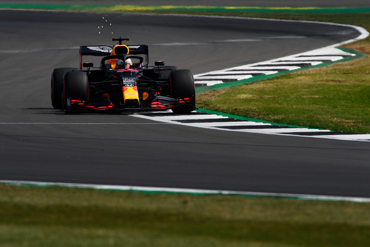 Max Verstappen  (33) Aston Martin Red Bull Racing RB16  70th Anniversary Grand Prix at Silverstone on August 08, 2020 in Northampton, England. (Photo by Rudy Carezzevoli/Getty Images) Beeld Getty Images