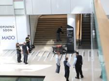 Oudere man raakt zwaargewond na val van trap met scootmobiel in Hoog Catharijne