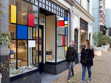Pop-up store met sieraden en mode in de Haagse Bluf