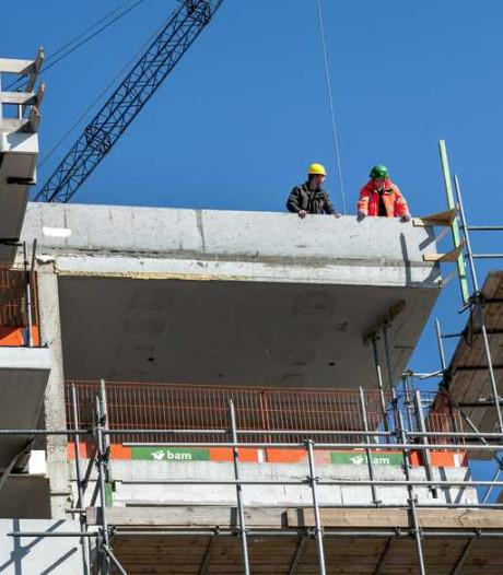 D66: bouw huurwoningen stagneert door tekort aan personeel in de bouw