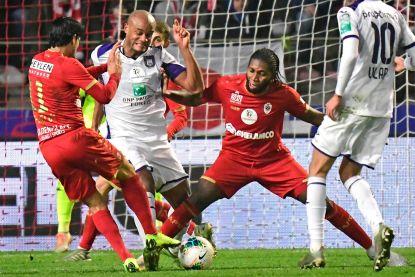 Einde competitie líjkt in zicht: UEFA laat voetbal na 30 juni toe, maar enkel Anderlecht, Antwerp en Genk willen dat