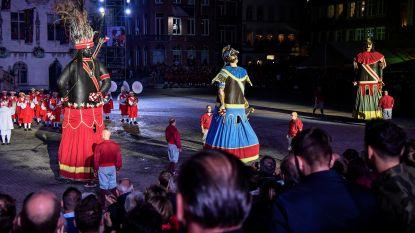 Gildereuzen Mars, Indiaan en Goliath trekken naar Vakantiesalon Brussel